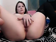 Amateur nubile chick toying her ass and labia on web cam