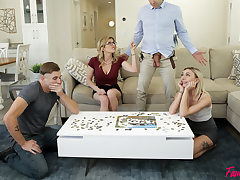 Family Swap Picking Up The Pieces - S1:E1